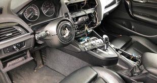 Auto's worden gestript door dieven