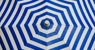 Foto van bovenkant parasol