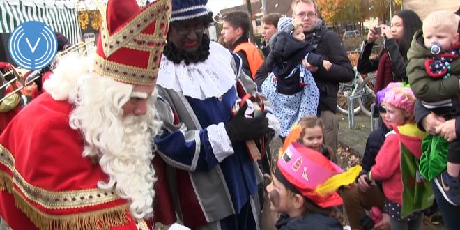 Sfeerfoto van de intocht van Sinterklaas