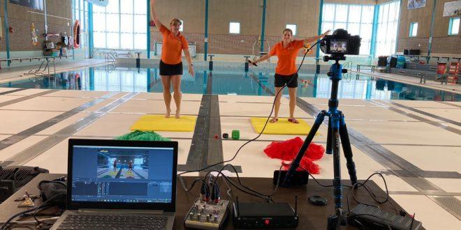 Foto van medewerkers zwembad